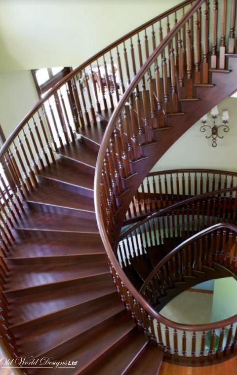 Circular staircase (wood)