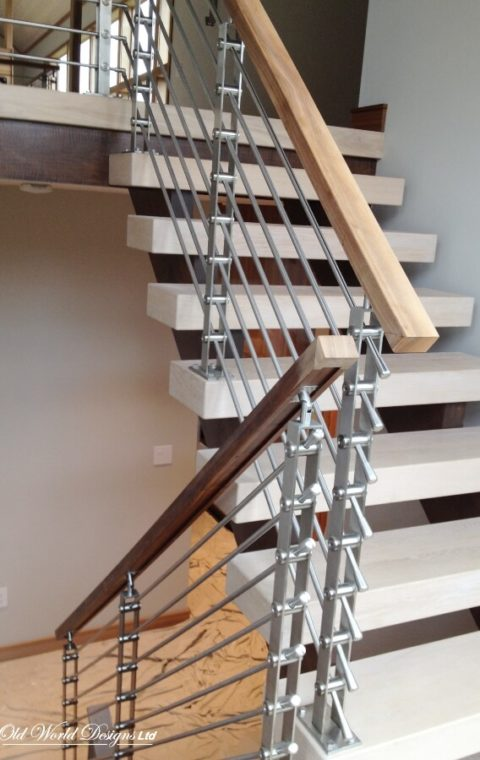 Watermill Residence - Straight staircase (metal and wood)