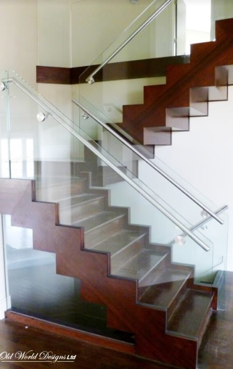 Straight staircase (glass and wood)