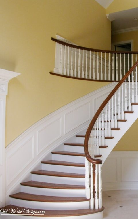 Long Island - Mixed Circular staircases (wood)