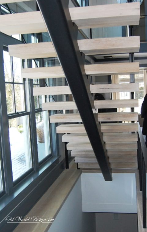 Straight staircase (iron, glass and wood)