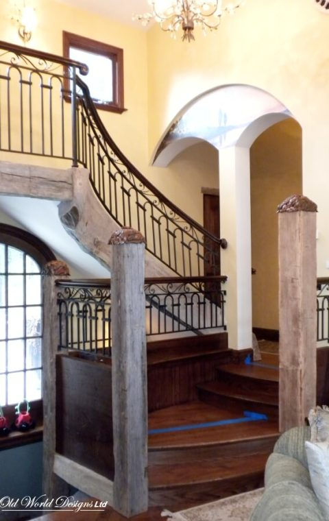 Sands Point - Straight staircase (metal and wood)