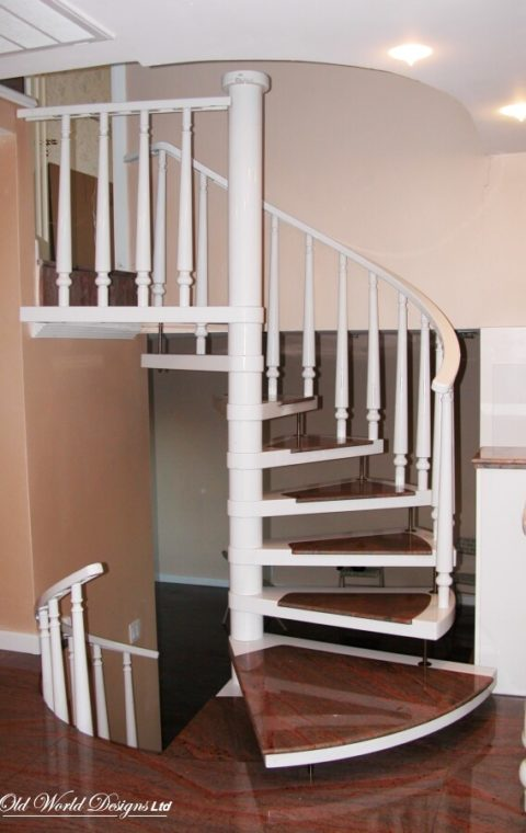 Spiral staircase (metal and wood)