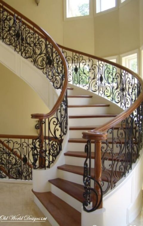 Circular staircase with self supporting box stringers (metal and wood)