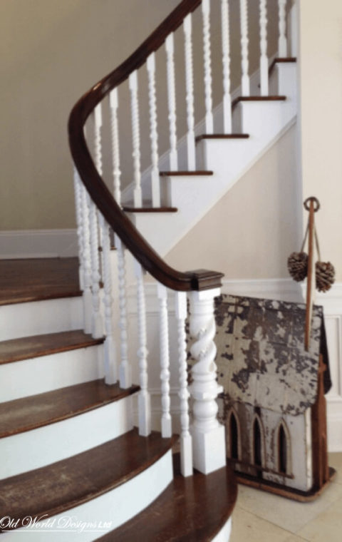 Curved staircase / bowed treads (wood)