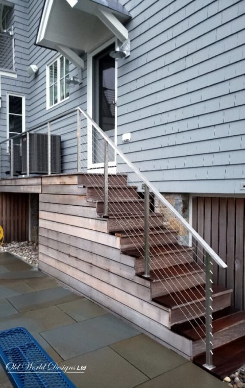 Cable railing - Straight staircase - (iron and wood)
