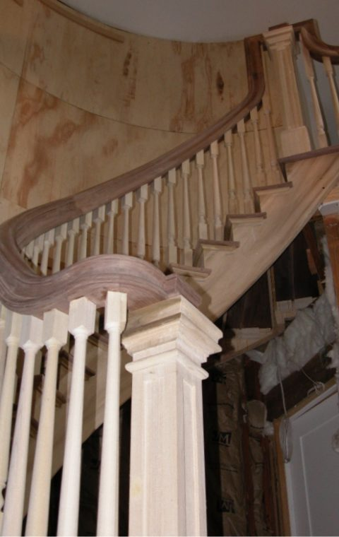 Circular staircase (wood)