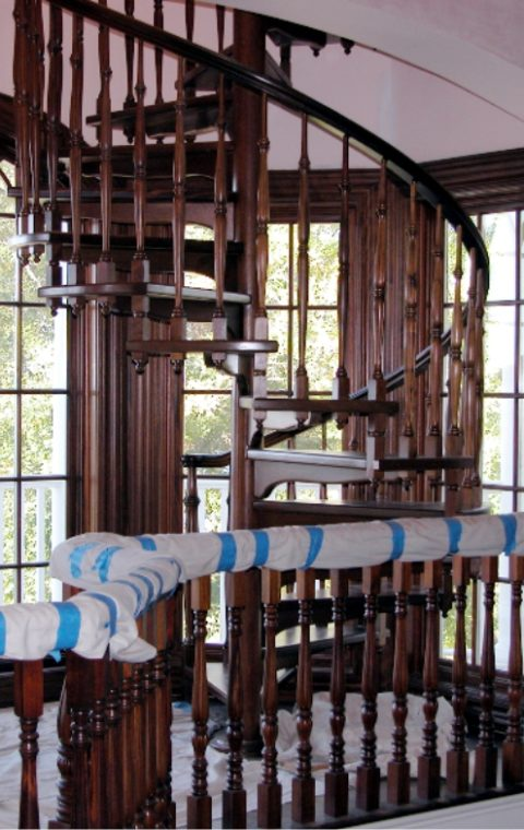 Spiral staircase (wood)